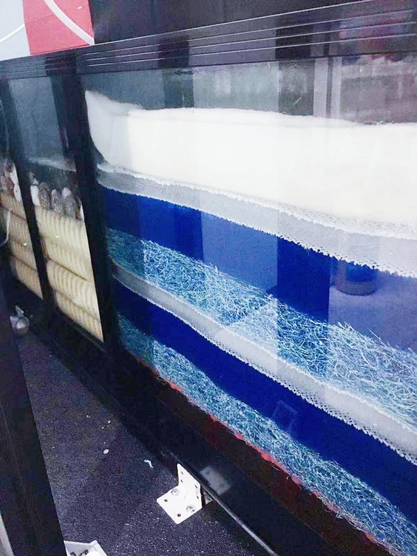 【西安红龙专卖】打孔:戒烟养鱼 空气不是空气 西安观赏鱼信息 西安博特第2张