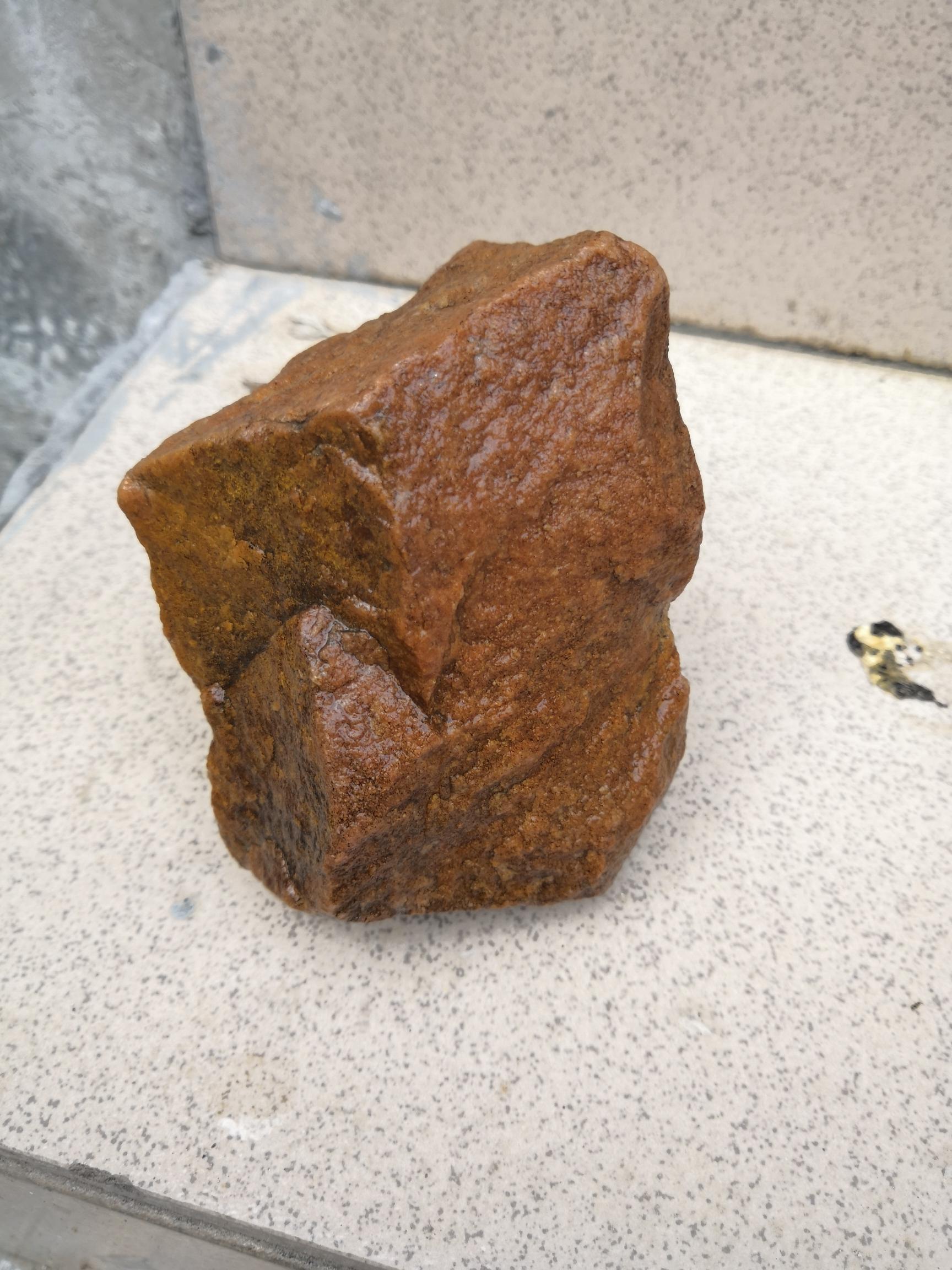 【西安豹纹夫】最近想用石头布置一下鱼缸这石头能用吗 西安观赏鱼信息 西安博特第2张